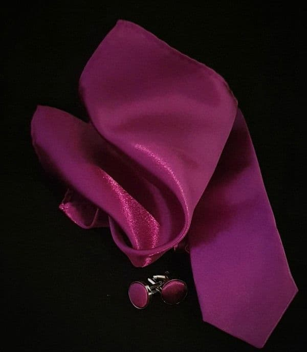 Magenta Tie, Cufflink & Pocket Square Set.