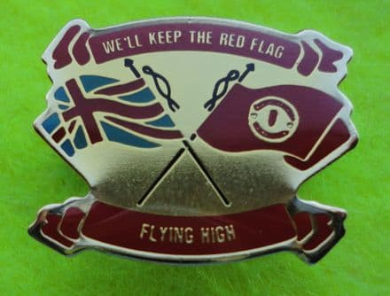 Manchester United Red Flag Enamel Pin Badge