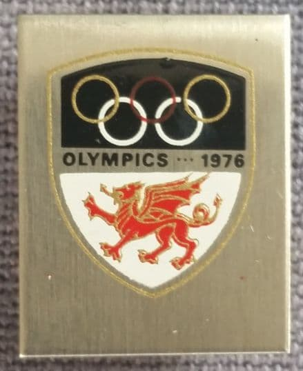 Montreal Olympics (1976) Welsh pin badge