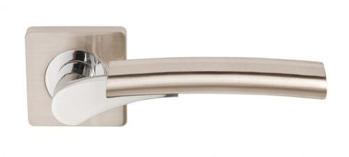 Satin nickel / polished chrome Ultimo lever on square rose