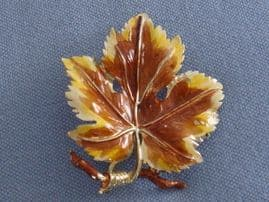 SOLD Signed Exquisite Vine Leaf Brooch in Autumn Colours - 1960s Enamel Brooches