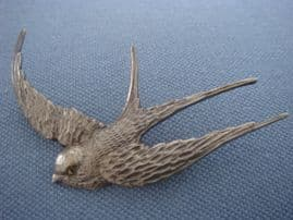 Sterling Silver Swallow or Swift Brooch 1940s with Marcasite Eye (SOLD)