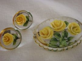 Super 1950s Lucite Brooch with Matching Earrings- Yellow Roses Design (SOLD)