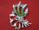 Vintage Exquisite Brooch - 1960's Lucky White Heather Brooch by 'Exquisite' in original box (SOLD)