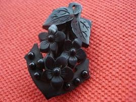 Whitby Jet Brooch in the form of an Anchor - 19 th Century  (SOLD)