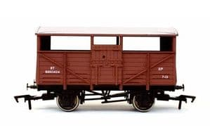 Dapol 4F-020-036 BR Cattle Wagon, Weathered