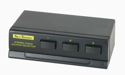 Compact 3 way Stereo CD/AUX switch for added inputs. (No Box)