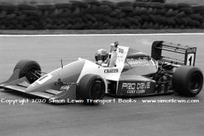 Reynard 90D Paul Warwick photo 1991 British F3000 Brands Hatch( Date unknown)