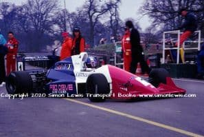 Reynard 90D Paul Warwick photo 1991 British F3000 Oulton March 30 (e)