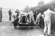 Talbot AV105 Brian Lewis pit stop 1931 Brooklands BRDC 500. photo