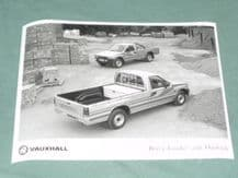 "VAUXHALL BRAVA 'LOADER' AND 'OUTBACK    factory issued 8x6"" press photo"