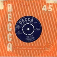 Brian Poole and The Tremeloes - Three Bells/Tell Me How You Care (F 12037) M-