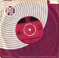Kinks,The - Tired Of Waiting For You/Come On Now (7N 15759) M-