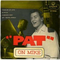 Pat Boone - Pat On Mike (RE-D 1069)